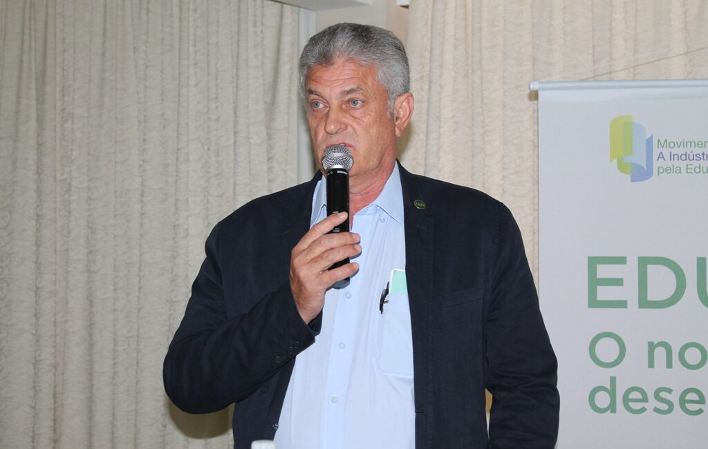 Vice-Presidência Regional da FIESC promove reunião com sindicatos patronais da indústria