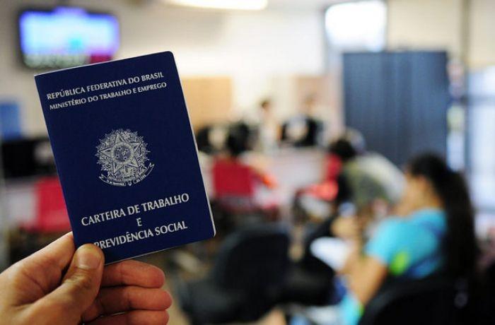 Sine disponibiliza mais de quatro mil vagas de emprego em Santa Catarina