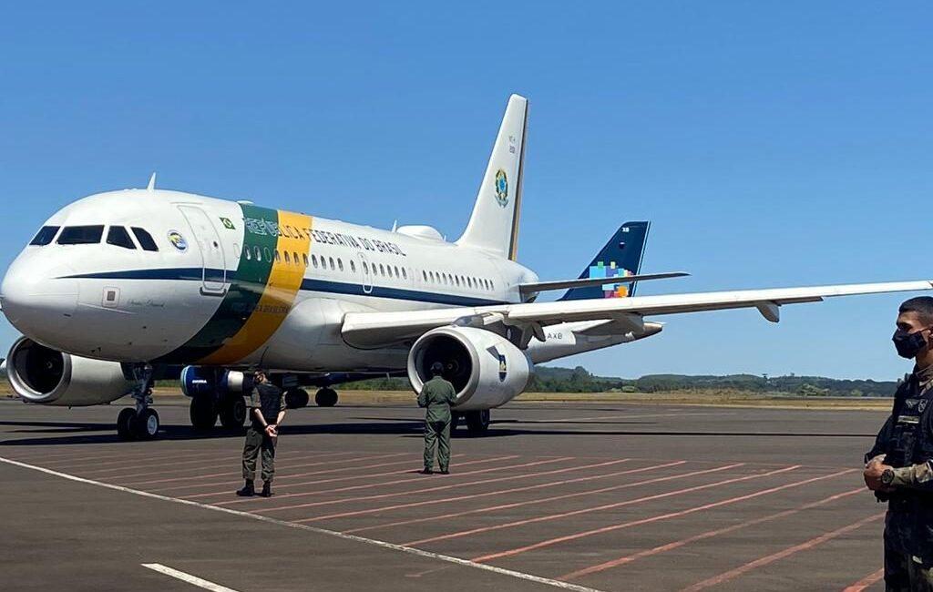 Jair Bolsonaro chegou em Chapecó nesta sexta-feira, 6