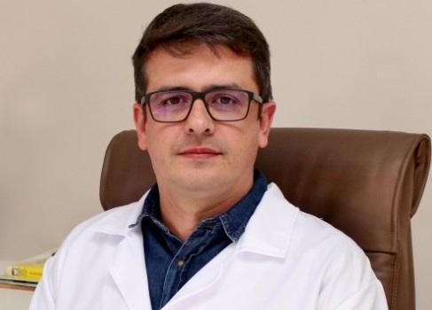 (VÍDEO) Sinal de alerta: Médico do Sul do Estado faz apelo e publica imagens inéditas em sala de intubação