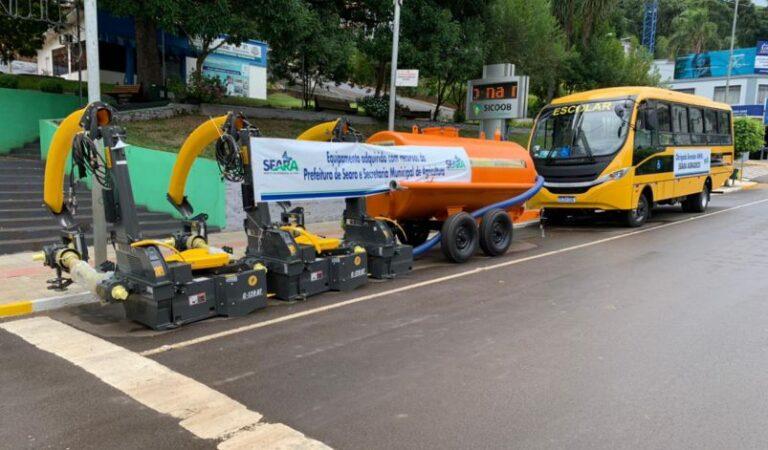 (VÍDEO) Prefeitura de Seara adquire novos equipamentos para a Agricultura e Educação