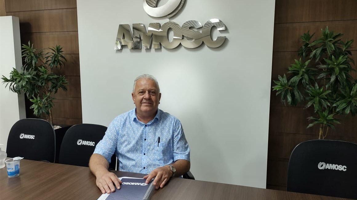 Prefeito de Paial assume presidência da AMOSC