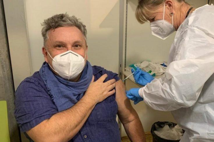 Catarinense que recebeu vacina para a Covid-19 relata experiência