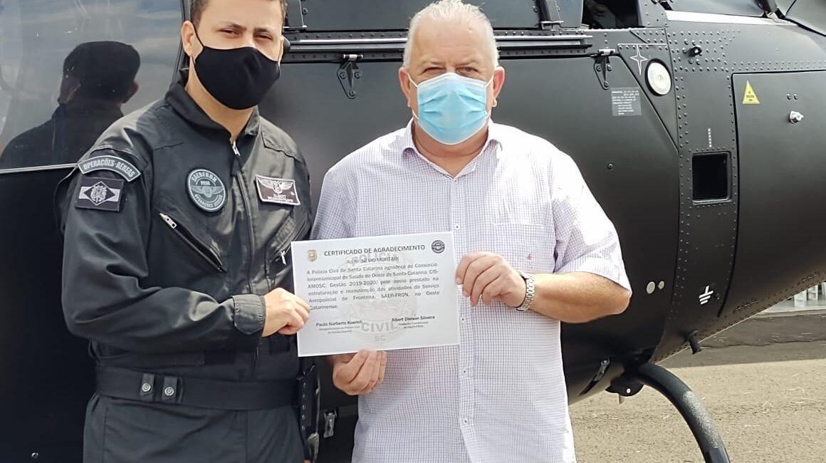 Névio Mortari (PSD) recebe homenagem da Polícia Civil de Santa Catarina