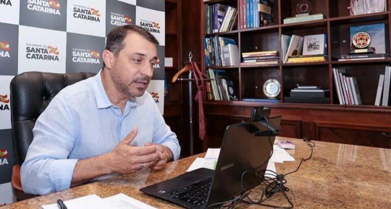 Governador de Santa Catarina cumpre agenda na região