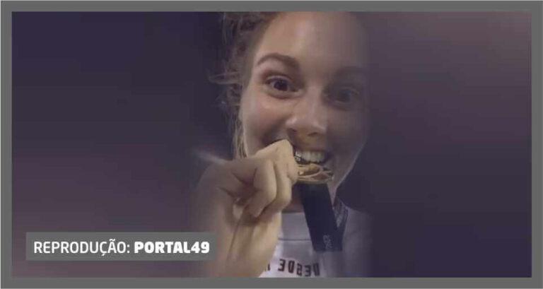 Vídeo registra momento da premiação de searaense campeã da Libertadores
