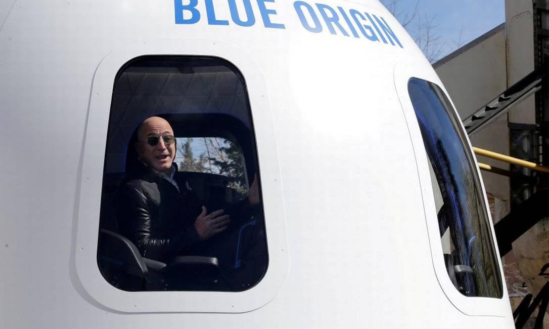 (VÍDEO) Blue Origin vende por US$28 mi viagem espacial com Jeff Bezos