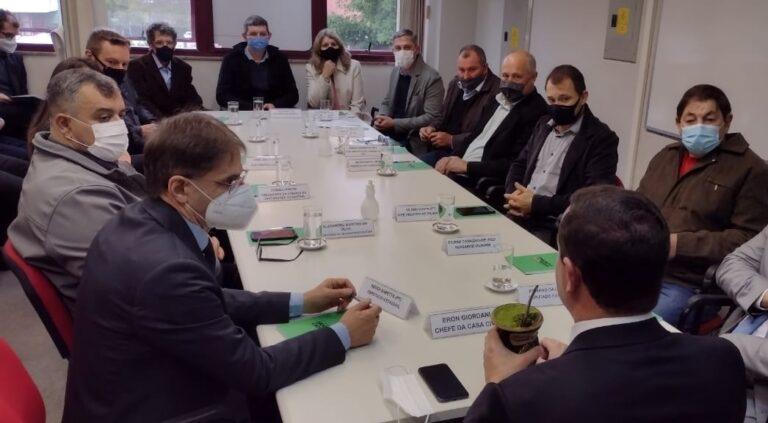 Consórcio de municípios trata sobre instalação de usina de asfalto em Itá