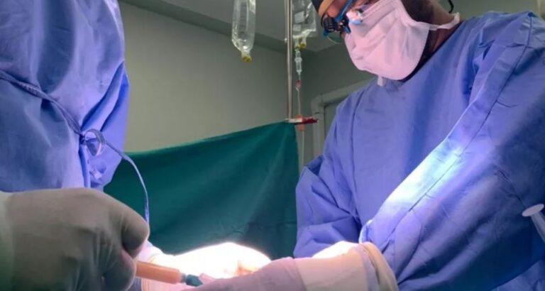 Cirurgia de aumento peniano tem fila de espera após cantor sertanejo fazer a operação, diz clínica de SC