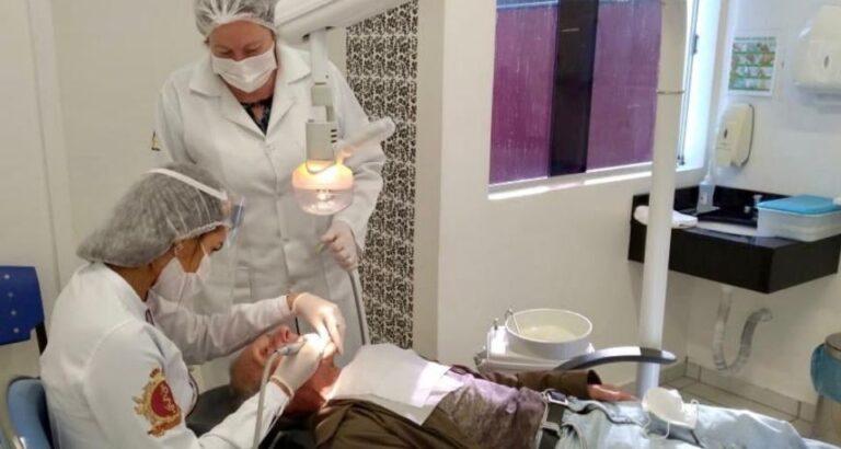 Itá: Projeto proporciona saúde bucal aos idosos