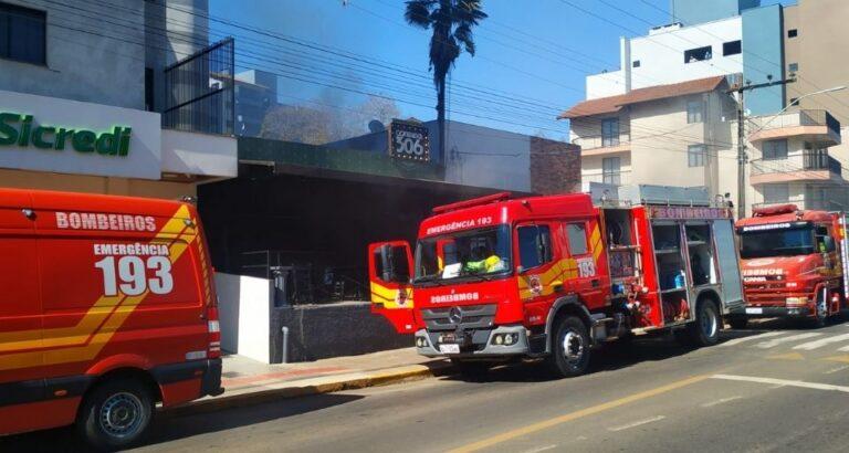 Incêndio: Estabelecimento de Seara pega fogo na manhã desta quarta-feira, 01