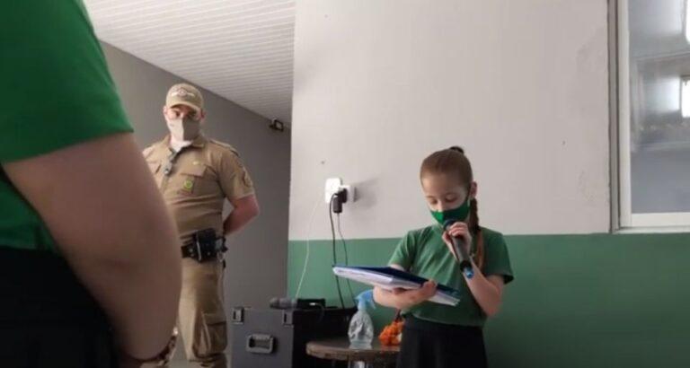 (VÍDEO) Presença da Polícia Militar marca abertura da Semana da Pátria em Escola de Seara
