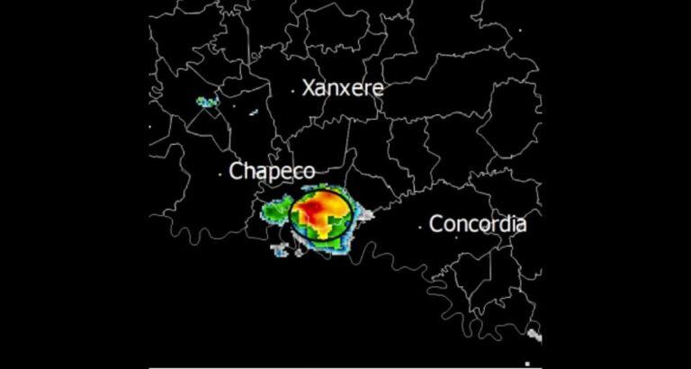 Defesa Civil de SC confirma passagem de tornado por Seara