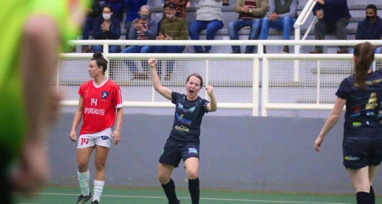 Volta do público: Seara Futsal Feminino vence no Carecão e vai com vantagem para próxima etapa