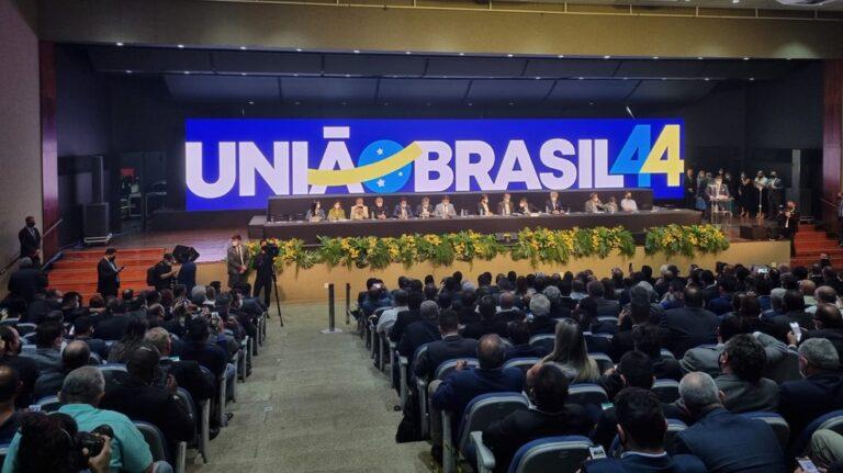 DEM e PSL aprovam fusão e novo partido se chamará União Brasil